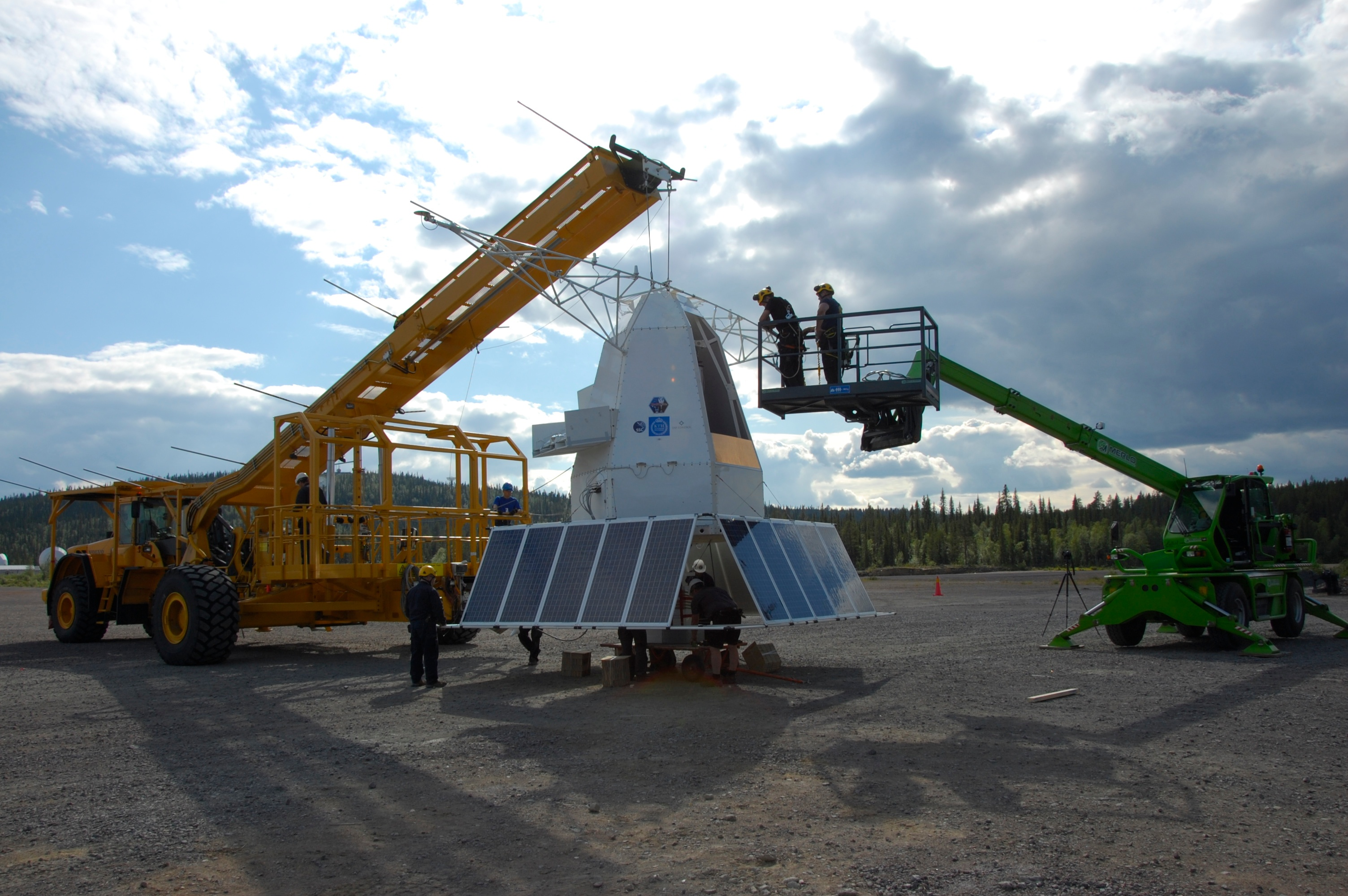 PoGOLite being prepared for launch.